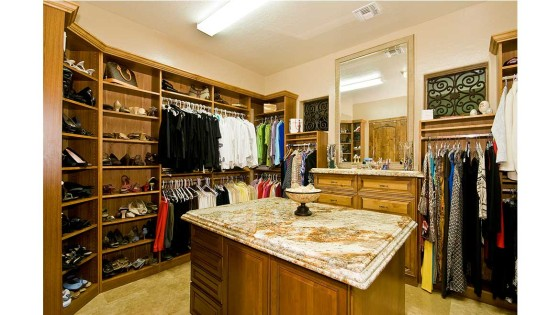 expansive walk in closet